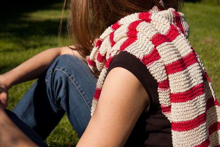 écharpe à rayures en coton tricotée à la main