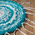 DIY – Faire un tapis avec un hula hoop !