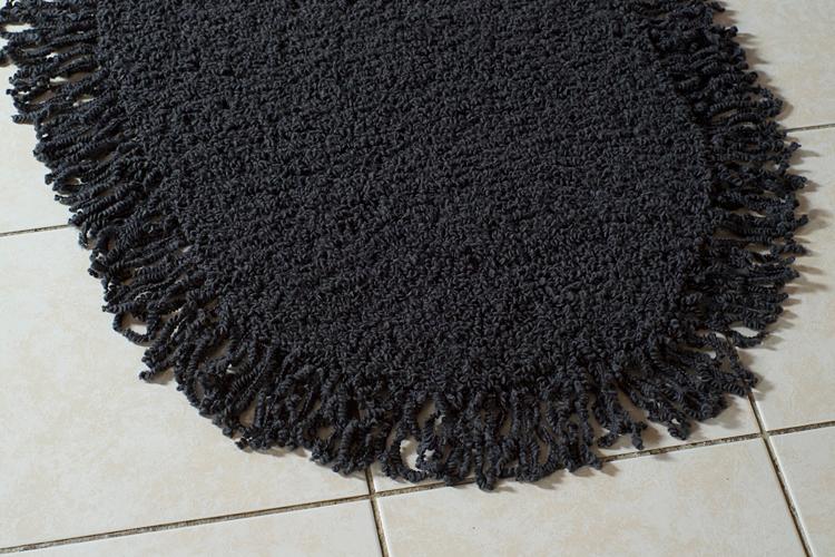 tapis ovale à franges- modèle personnel