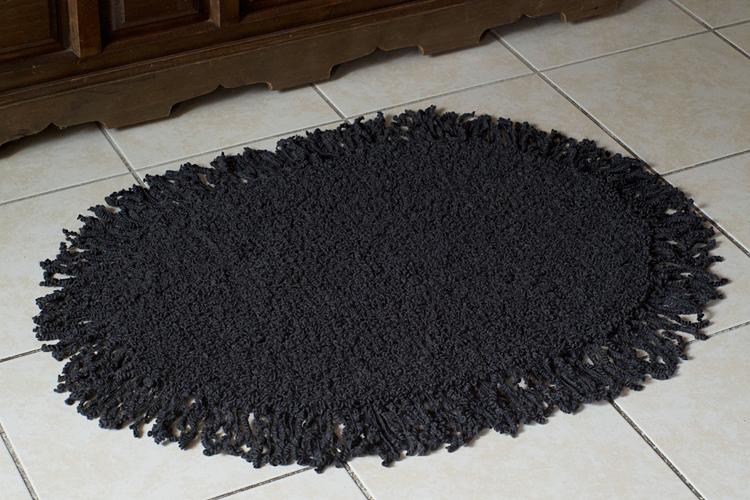 tricoter un tapis ovale à franges