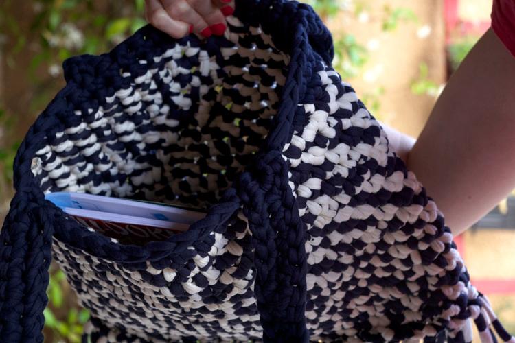Crochet - Tote bag en trapilho