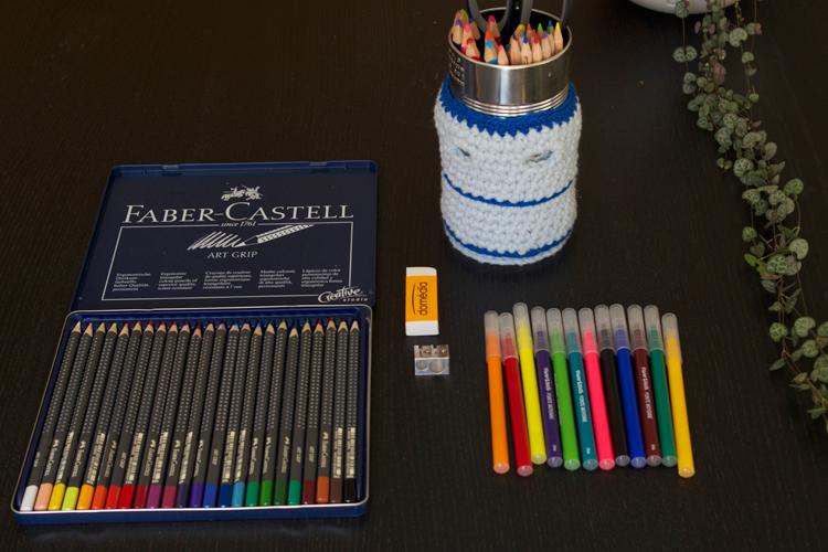 matériel de coloriage pour adultes