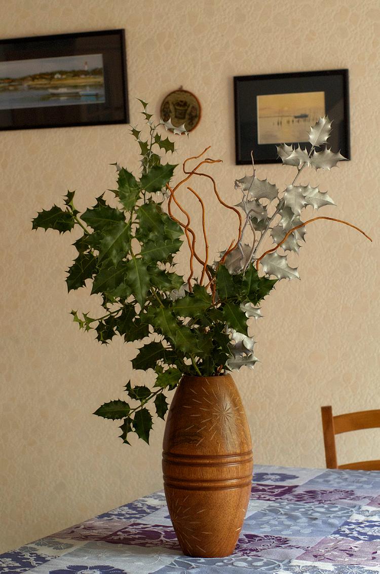 un beau bouquet de houx pour noël