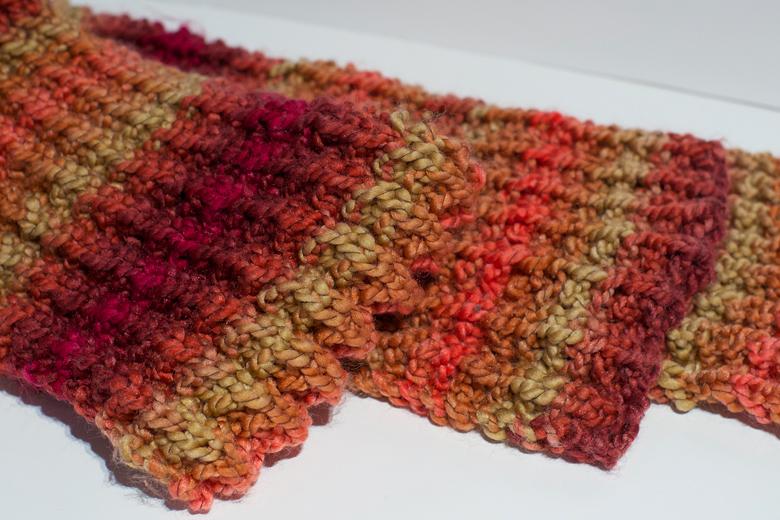 4778ba19cd4e Combien de pelote de laine pour une grosse echarpe   Espaceflirey